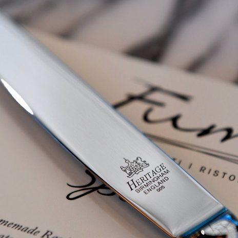 buying cutlery for restaurants